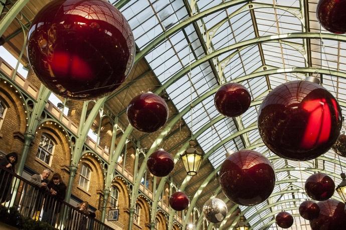 Ακριβότερη ευρωπαϊκή πρωτεύουσα για διακοπές Χριστουγέννων το Ρέικιαβικ - Στην 23η θέση η Αθήνα