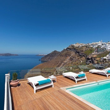 hotels-with-swimming-pool-with-panoramic-view