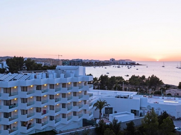 THB Naeco Ibiza Class - Adults Only