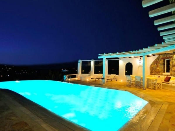 Luxury Villa Golden