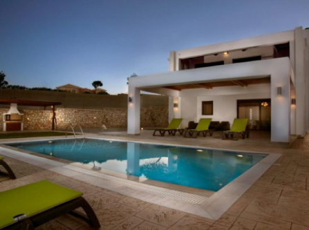 Holiday Home Lachania Villa with Pr. Pool & Jacuzzi