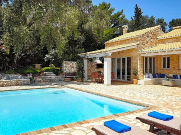 Corfu Villa Sleeps 8 Pool Air Con