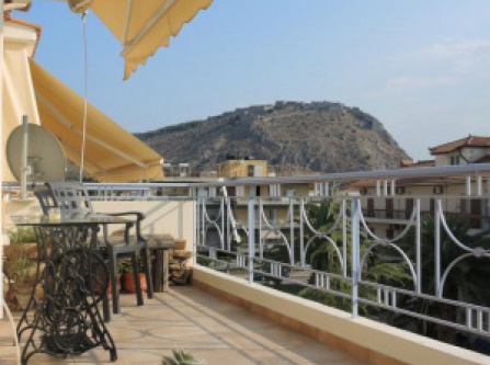 LUXURY appartment with GORGEOUS view to PALAMIDI and BOURTZI castles