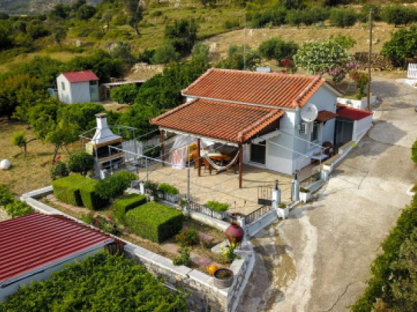 Country house in Speri Plalaiokastro