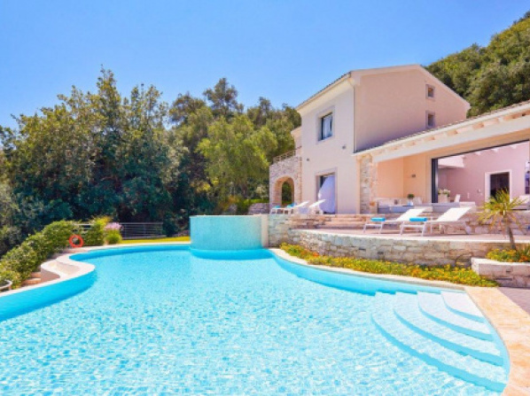 Agios Stefanos Sinion Villa Sleeps 8 Pool Air Con