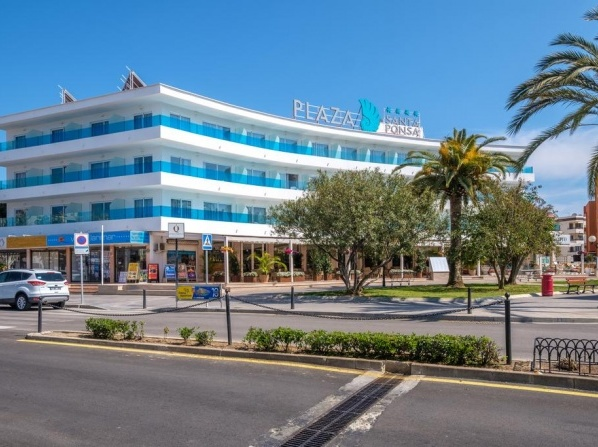 Plaza Santa Ponsa Boutique - Adults Only.