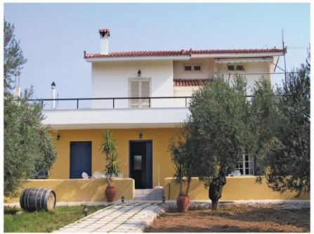 Three-Bedroom Apartment in Candia-Nafplion