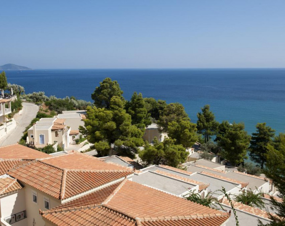Alonissos Beach Bungalows And Suites Hotel