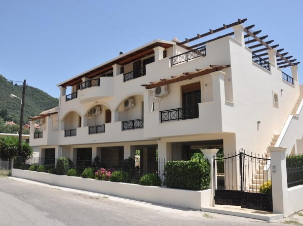 Ilias Apartments Ipsos