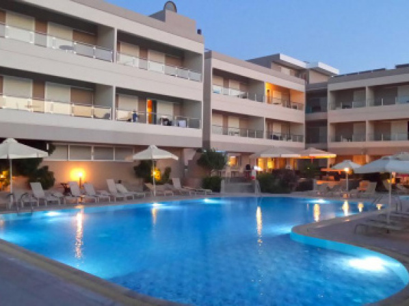 Agela Hotel & Apartments